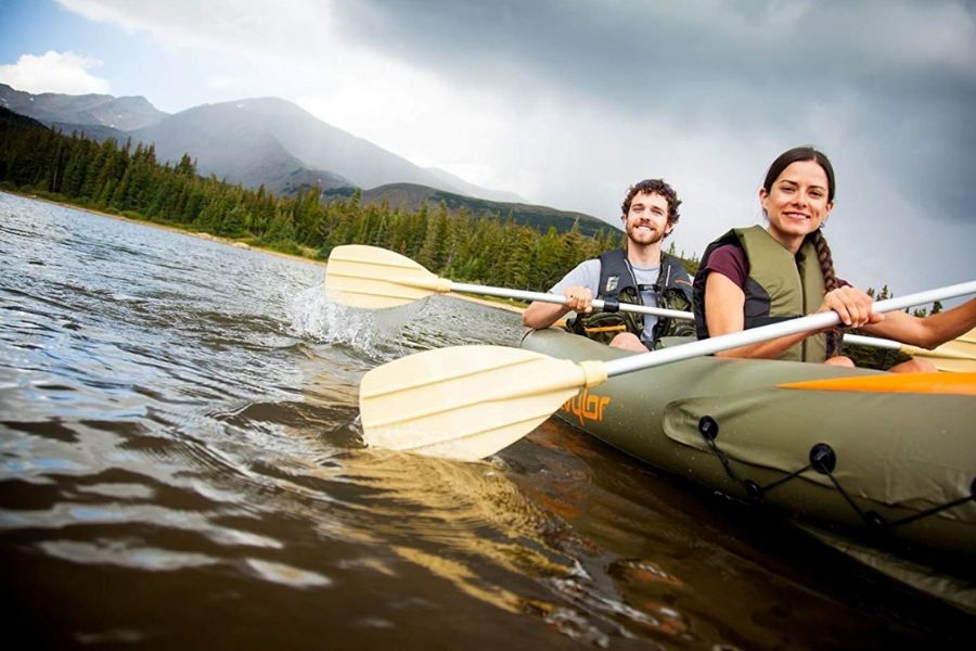 Getting Outdoors with a Kayak - Make the Most of your kayaking adventure with these beginner kayaks